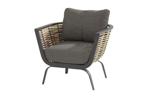 19582_ Antibes living chair 01